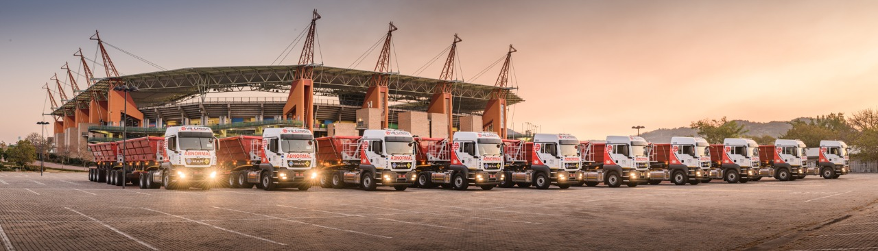 Professional fleet photography in nelspruit with VR Cargo. Our Client specified that they wanted High Res images for wall art to be used in their offices. We took the opportunity to create some stunning staff portraits as well as awesome sunset photographs of VR Cargos New fleet.